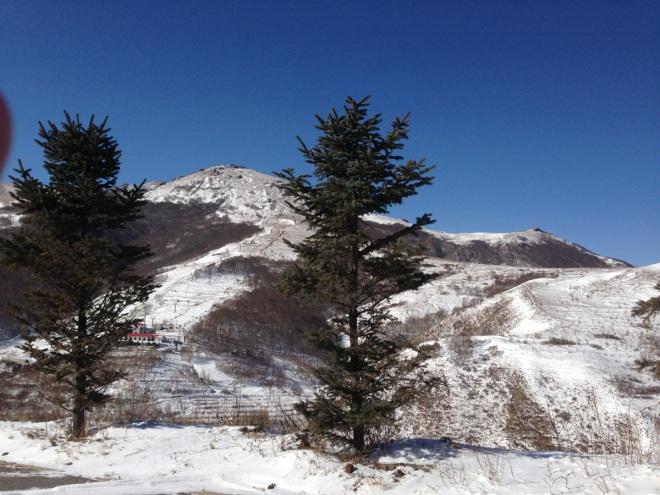 Lingshan, on a beautiful crisp winter's morning.