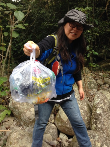 yinggeling litter picking